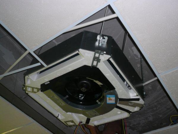 办公室空调安装图片